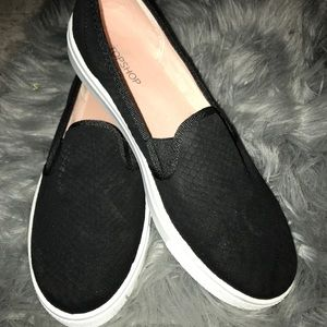 topshop ~ tempo black slip on trainers